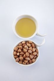 pic of ground nut  - bowl of oil and ground nut - JPG