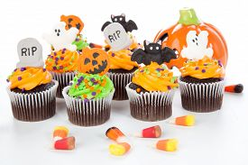 picture of bat  - Halloween cupcake with RIP ghost bat and jack - JPG