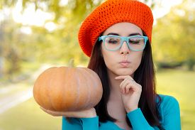 picture of beret  - Curious autumn girl with crocheted beret - JPG