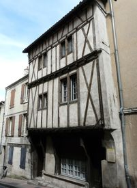 foto of poitiers  - Half timbered medieval houses in Poitiers - JPG