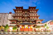 Architecture of Singapore buddha tooth relic temple at dusk