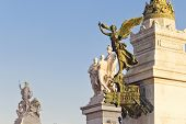 image of altar  - National monument to Vittorio Emanuele II  - JPG