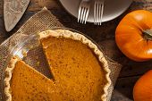 Homemade Delicious Pumpkin Pie