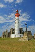 pic of lighthouse  - PLOUGONVELIN - JPG