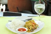 Постер, плакат: Seafood Yellow Curry Powder Stir Fried With Steam Rice