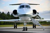 picture of jet  - Private jet - JPG