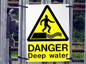 picture of no entry  - No entry because of the deep water - JPG