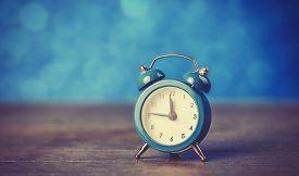 pic of analog clock  - Retro alarm clock - JPG