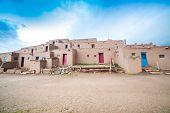 picture of pueblo  - Adobe settlement  - JPG