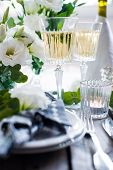 picture of wedding table decor  - Table setting with white flowers - JPG