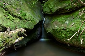 picture of cataracts  - Cataract Falls on a stream in the Big South Fork National Recreation Area - JPG