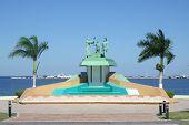 pic of conquistadors  - Monument in San Francisco de Campeche Mexico - JPG