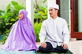 picture of muslim man  - Asian Muslim couple - JPG