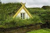 image of iceland farm  - An old fashioned Icelandic house with a turf roof - JPG