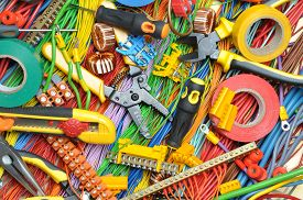 pic of wire cutter  - Electrical component kit and cables to use in electrical installations - JPG