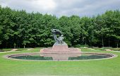 picture of chopin  - The Chopin Statue in Lazienki Park aka Royal Baths park - JPG