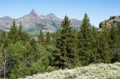 foto of beartooth  - View of mountain peaks from the Beartooth Highway - JPG