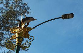 foto of light-pole  - Close - JPG