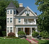 pic of victorian houses  - Old Victorian House - JPG