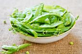 picture of snow peas  - Fresh uncooked Snow pea in a bowl - JPG