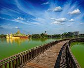 picture of yangon  - Yangon icon landmark and tourist attraction - JPG