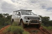 White Ford Ranger Xls With Silver Canopy