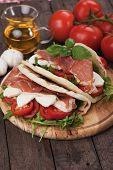 pic of rocket salad  - Piadina romagnola - JPG