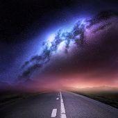 Постер, плакат: Галактика Млечный путь от земли