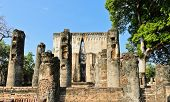 picture of chums  - Wat Si Chum In Sukhothai Historic Park - JPG