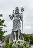 picture of shiva  - A giant statue of the Hindu god Shiva in Haridwar India - JPG
