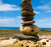 picture of fulcrum  - Stone Tower Zen Pebbles  - JPG
