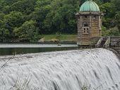 picture of gushing  - Dam at Pen - JPG