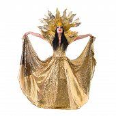 pic of brazilian carnival  - carnival dancer woman dancing with crown - JPG