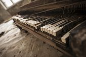 Постер, плакат: Chernobyl Close up Of An Old Piano