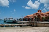 ������, ������: Ferry Dock In St John