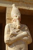 image of hatshepsut  - Statue of the Queen Hatshepsut in temple  - JPG