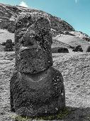 Постер, плакат: Black And White Moai