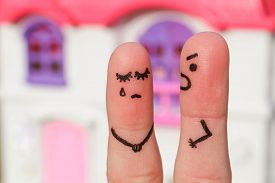 foto of cry  - Finger art of a couple during quarrel - JPG