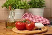 image of kalamata olives  - Tomatoes - JPG