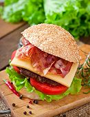 pic of tomato sandwich  - Big sandwich  - JPG