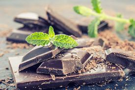picture of mint leaf  - Chocolate - JPG