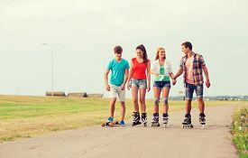 picture of skateboard  - holidays - JPG