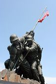 picture of iwo  - Statue of the Marine Corps raising the flag on Iwo Jima Island in the Korean war - JPG