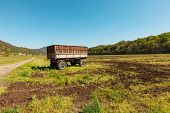 picture of wagon  - Agriculture - JPG