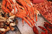 pic of norway lobster  - Crabs at famous fish market  - JPG