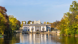 image of tarp  - Royal Palace on the Water in the Lazienki Park  - JPG