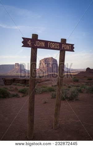 Monument Valley View From John