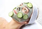 relaxing green mask