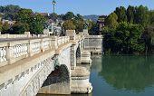 Постер, плакат: Турин Италия мост на реке Po