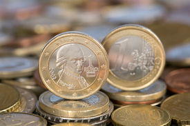 pic of mozart  - A one Euro coin from the EU member country Austria with Mozart - JPG
